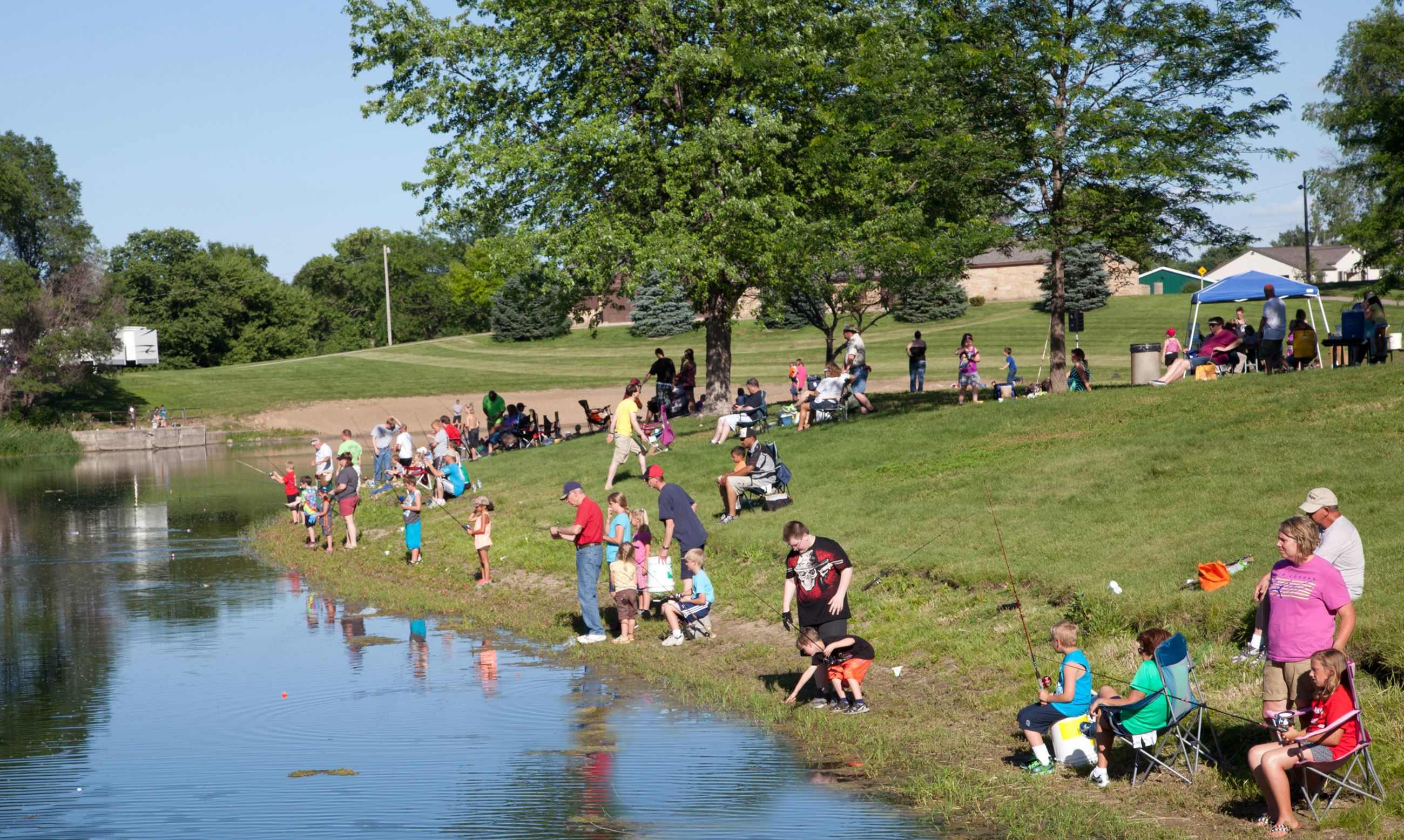 Municipal Park: Fishing Derby